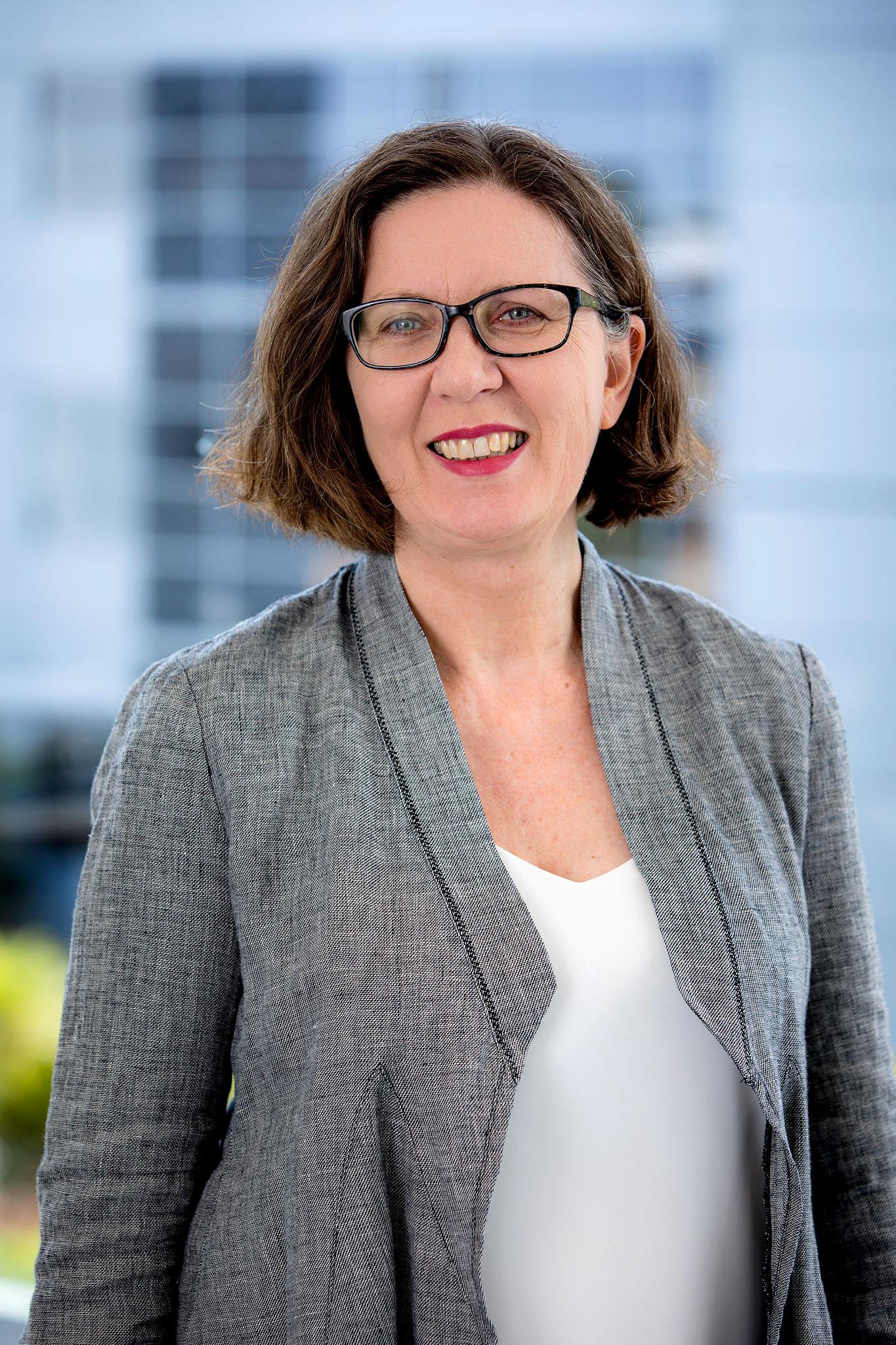 Photo of Associate Professor Yvonne Zurynski